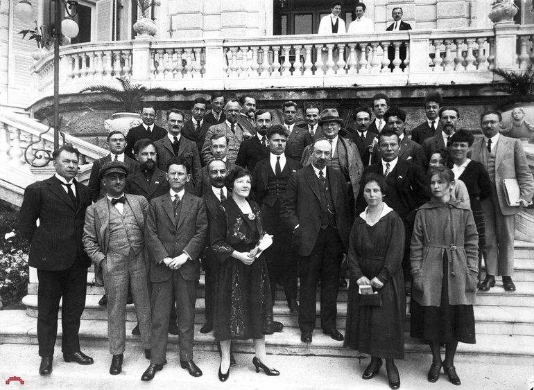 Генуезька конференція