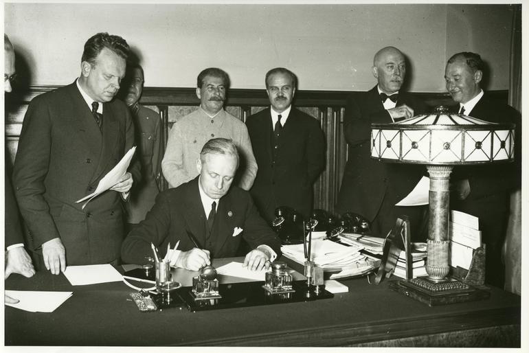 Підписання пакту 1939 року