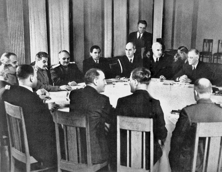 Постдамська конференція2
