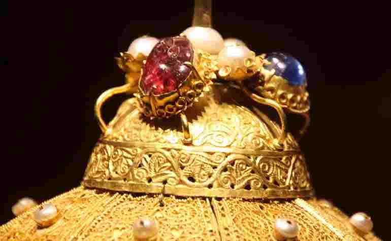 Прикраси шапки Мономаха