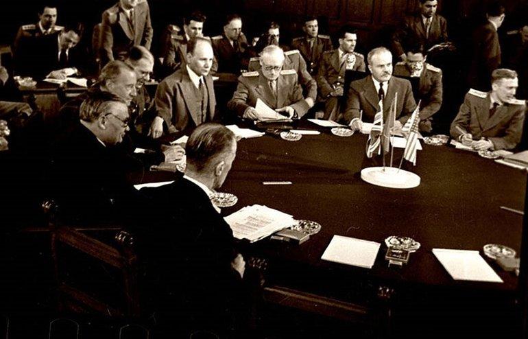 Радянські політики на постдамській конференції