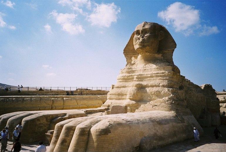 Статуя Сфінкс