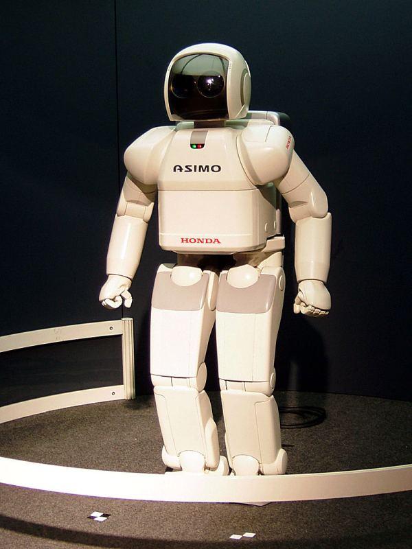 ASIMO — Інтелектуальний гуманоїдний робот від Honda