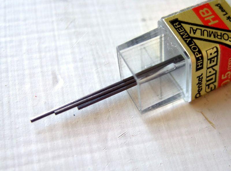 Графітові стрижні для олівців.