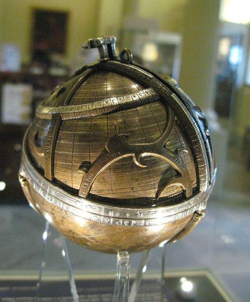 Сферична астролябія
