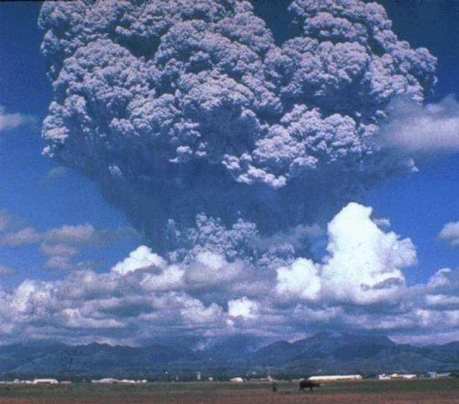 Виверження вулкана Пінатубо